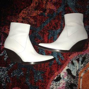 Zara Western Inspired White Bootie